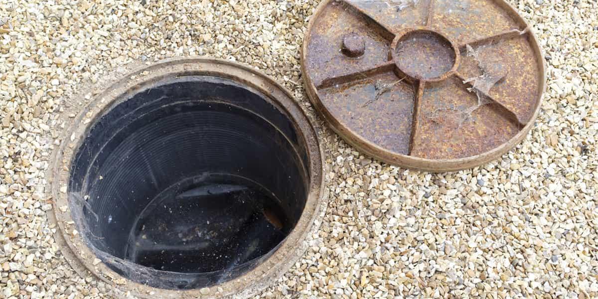 Quelles sont les causes d'un bouchon tout à l'égout Montmerrei (61570) ?